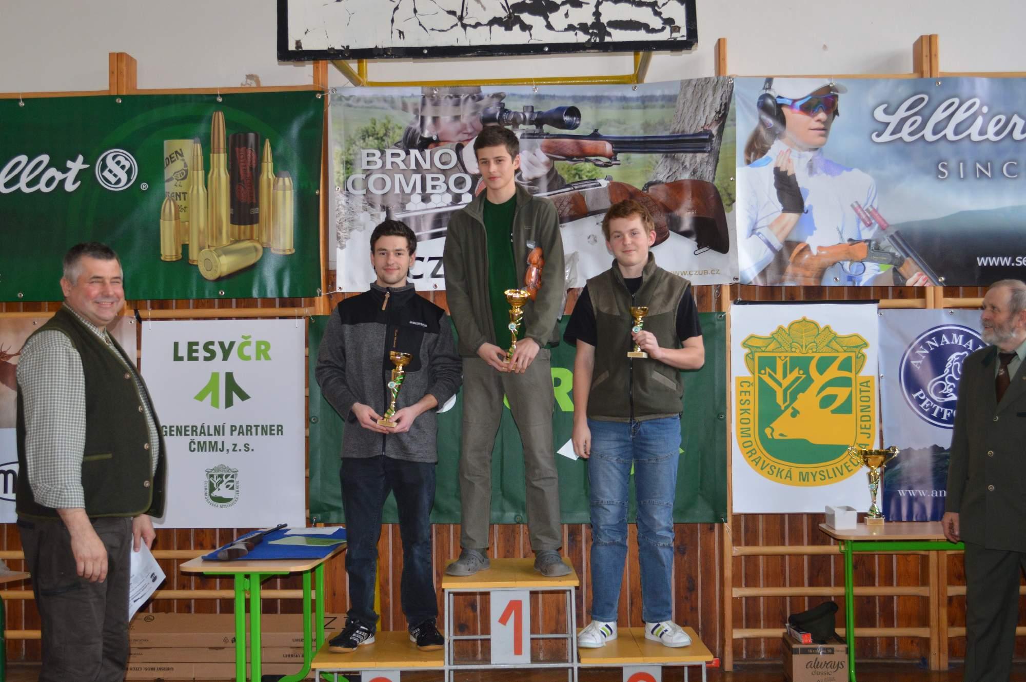 Vítěz kategorie junior Jan Vedral, druhý Martin Jína, oba MS Kavkázsko Libštát<br />Autor: Lenka Pechánková