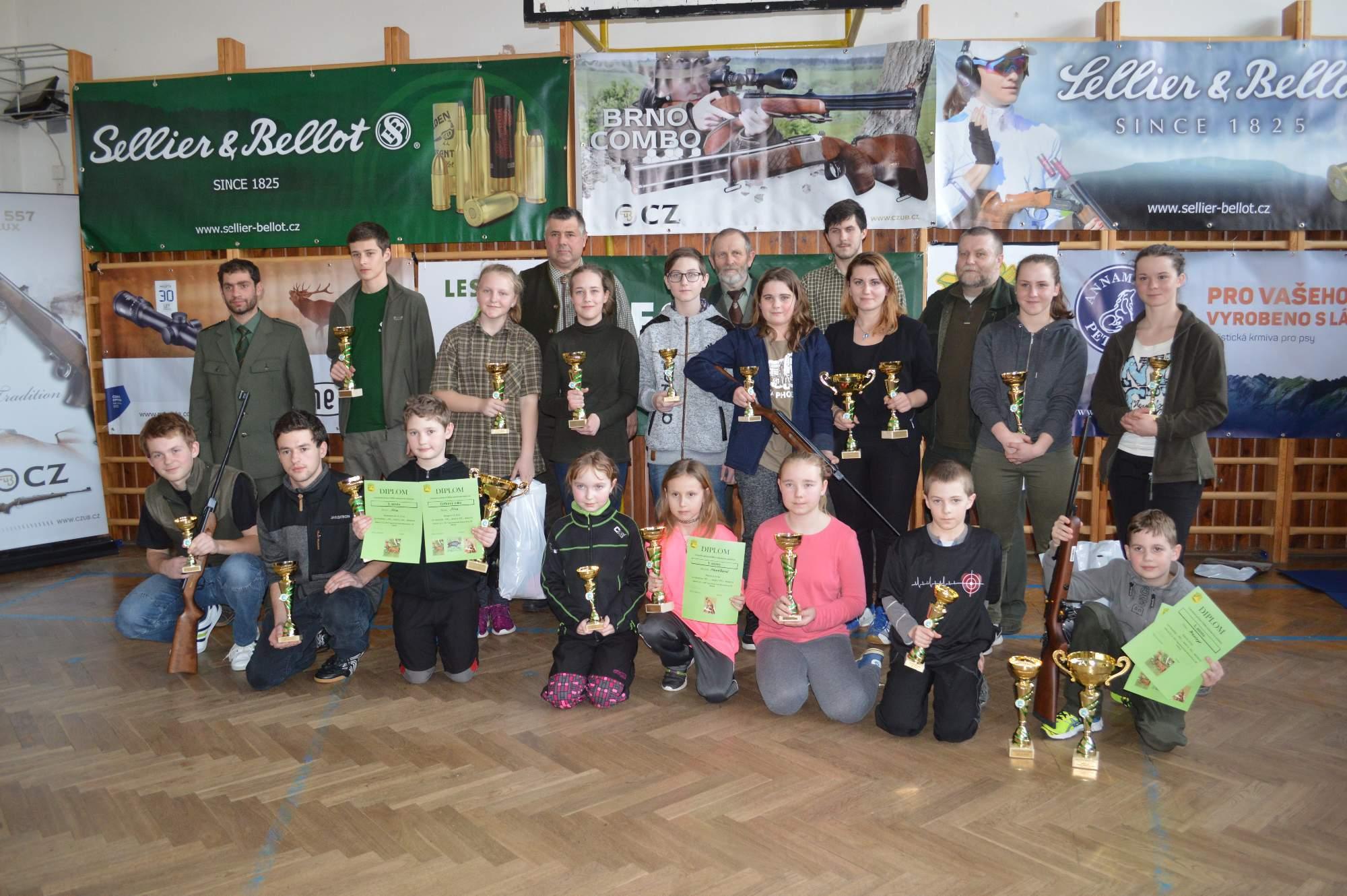 Odměnění vítězové v jednotlivých kategoriích i s pořadateli <br />Autor: Lenka Pechánková