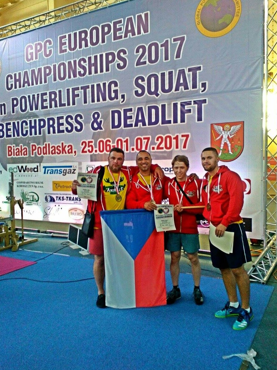 Závodníci Powerlifting Animals Semily na Mistrovství Evropy v Polsku<br />Autor: Archiv Powerlifting Animals Semily