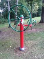 Nové cvičební stroje v Rývových sadech v Turnově