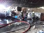 Tři jednotky hasičů zasahovaly při požáru kontejnerů v Lomnici