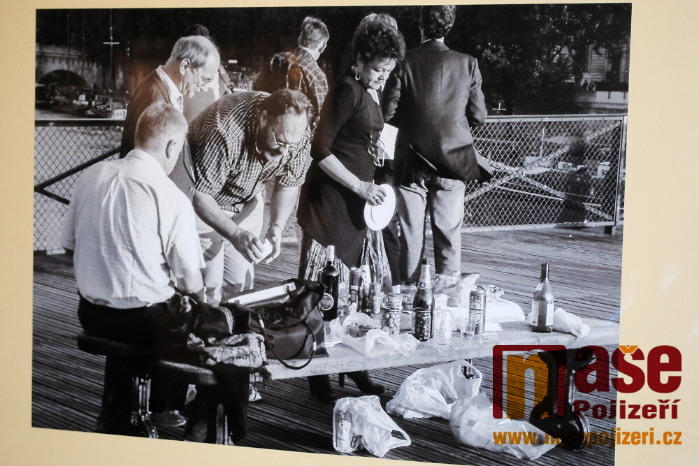 Semilský Montmartre - vernisáž fotografických výstav Jana Kanyzy a Miroslava Břeského<br />Autor: Petr Ježek