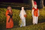 Přivítání Svatého Martina na bílém koni v Turnově u bodovy školy v Alešově ulici