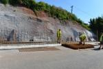 Průběh rekonstrukce opěrné zdi