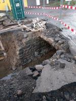 Opravu mostu nad Jíloveckým potokem v Semilech dokončí později