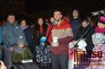 Předání daru Elence na turnovském náměstí