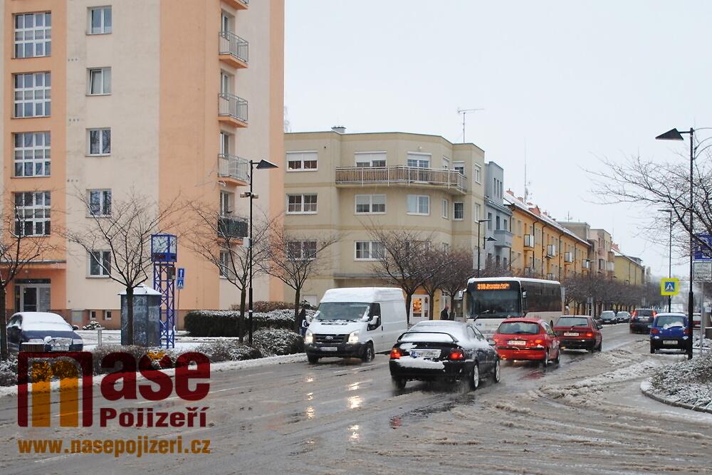 Dopravní situace v Nádražní ulici v Turnově<br />Autor: Petr Ježek