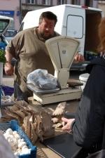 FOTO: Farmáři přivezli vůni skořice i hub