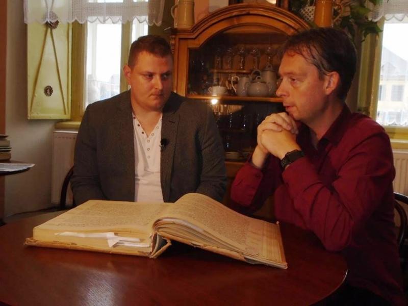 Ondřej Krotil s Jaroslavem Marešem při natáčení<br />Autor: Miloš Podzimek