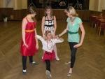 FOTO: Divadelní tancovačka oslnila stylovými retrokostýmy