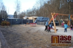 Stavba dřeveného zázemí v parku Ostrov v Semilech