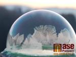 Obrazem: Co dokáže mráz vykouzlit na vyfouknutých bublinách