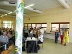 Setkání seniorů na Žižkovce pozdravili recitátoři i školní bytosti