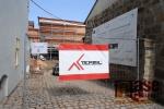 Stavba nové expozice turnovského muzea Horolezectví v březnu 2018