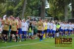Benefice pro Viktorku a Terezku s exhibičním zápasem FK Sedmihorky - Real Top Praha