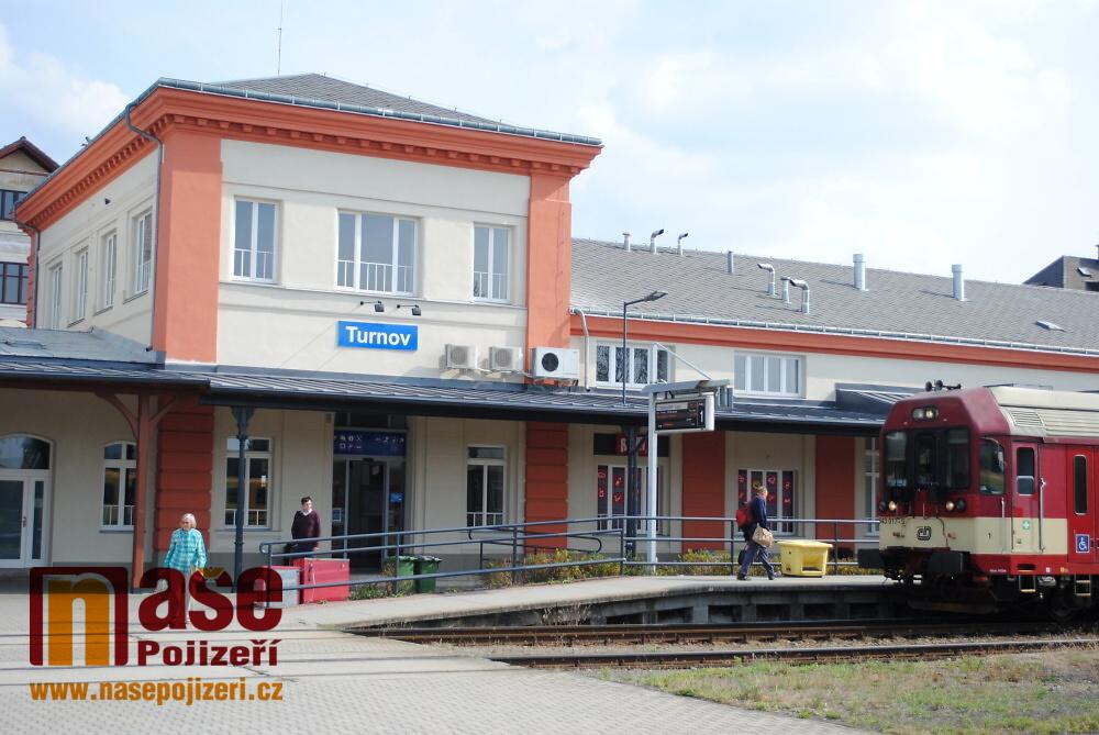 Budova nádraží v Turnově po druhé etapě rekonstrukce<br />Autor: Petr Ježek