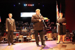 Předávání medaile starosty, ceny obce a čestného občanství v Turnově