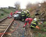Střet vlaku s autem ve Čtveříně u Turnova