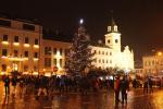 Vánoční strom rozsvítili Turnovští hned napoprvé