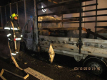 Požár nákladního automobilu na silnici D10 v Turnově ve směru na Prahu