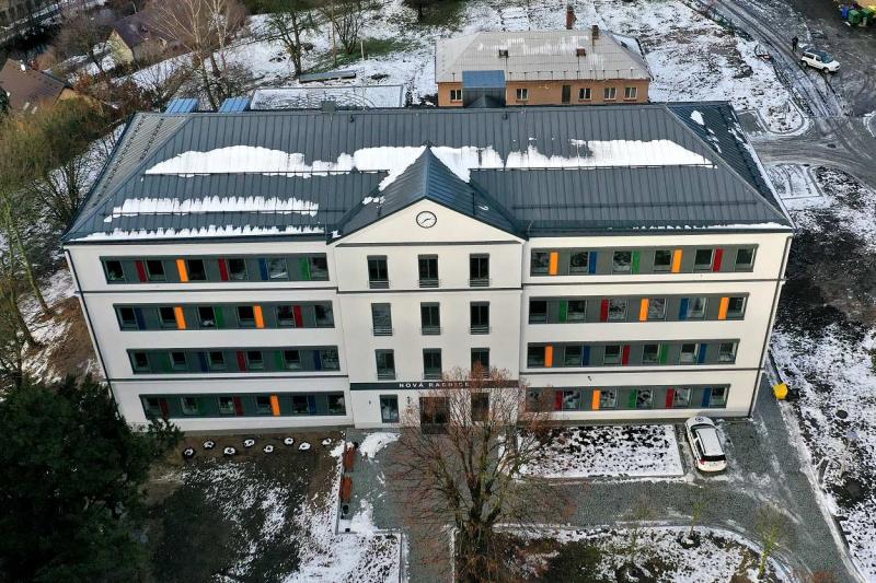 Budova nové turnovské radnice zvenku<br />Autor: Pavel Charousek