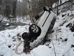 Nehoda na komunikaci vedoucí do obce Spálov u Semil