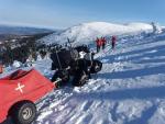 Zásah záchranářů na zledovatělé cestě mezi Špindlerovou boudou a Sněžkou