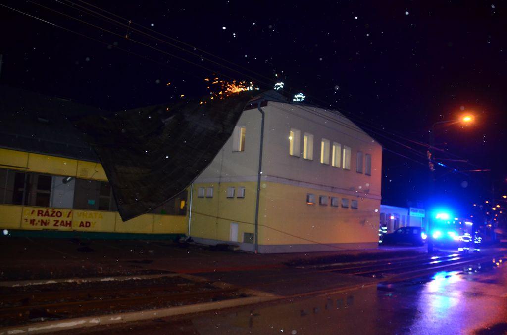 Silný vítr řádil z neděle na pondělí v Libereckém kraji<br />Autor: HZS Libereckého kraje, Jaromír Mottl a Filip Drchota
