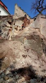 Stabilizace skalního podloží pod hradem Valdštejn