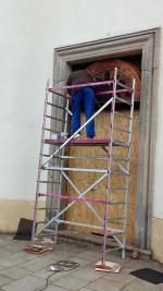 Generální oprava vstupních dveří kaple sv. Jana Nepomuckého na Valdštejně
