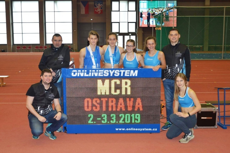 Družstvo na halovém MČR v Ostravě
