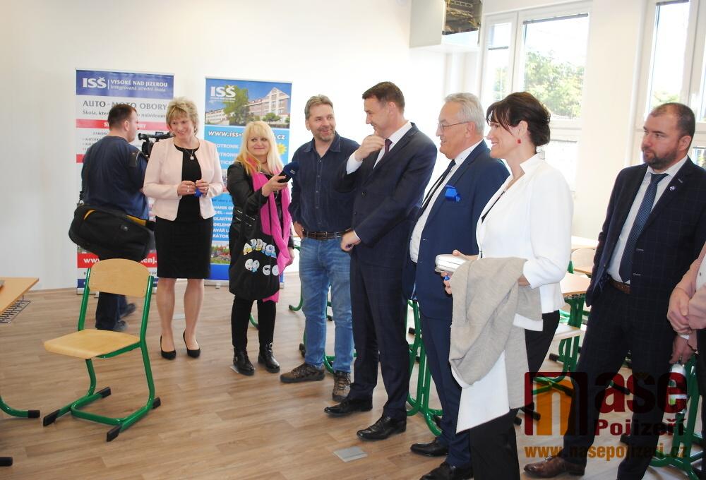 Slavnostní otevření Centra odborného vzdělávání na ISŠ Vysoké nad Jizerou<br />Autor: Petr Ježek