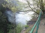 Požár na Riegrově stezce pod Böhmovou vyhlídkou