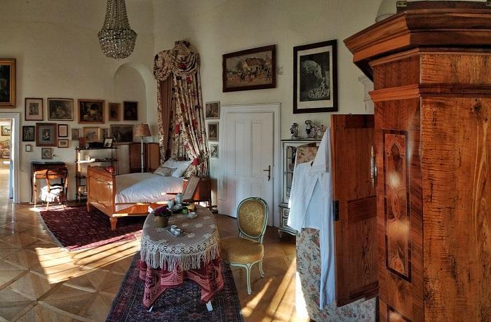Zámek Slatiňany, pokoj princezny Charlotty<br />Autor: Archiv NPÚ, ÚPS na Sychrově. Model hradu Bezděz
