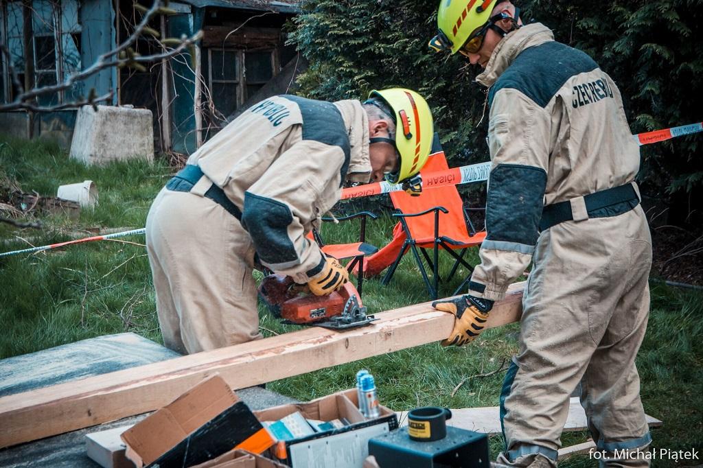 Mezinárodní cvičení zaměřené na záchranu osob z oblasti postižené zemětřesením<br />Autor: Michal Piatek