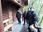 Kontroly policistů v rekreačních chatách v Českém ráji