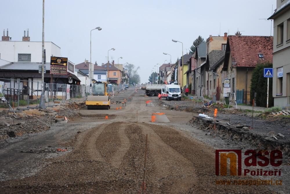 Rekonstrukce Nádražní ulice v Turnově a úsek pod viaduktem na Přepeře<br />Autor: Petr Ježek