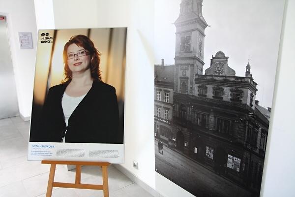 Výstava Já pěstoun v Nové radnici ve Skálově ulici v Turnově