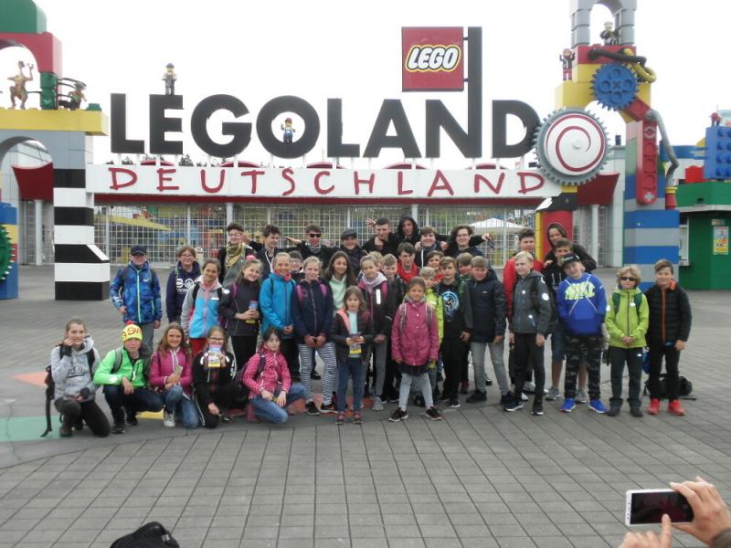 Žáci 5.B ZŠ Žižkova Turnov na výletě v Legolandu