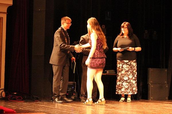 Slavnostní předání maturitního vysvědčení studentům Gymnázia Turnov