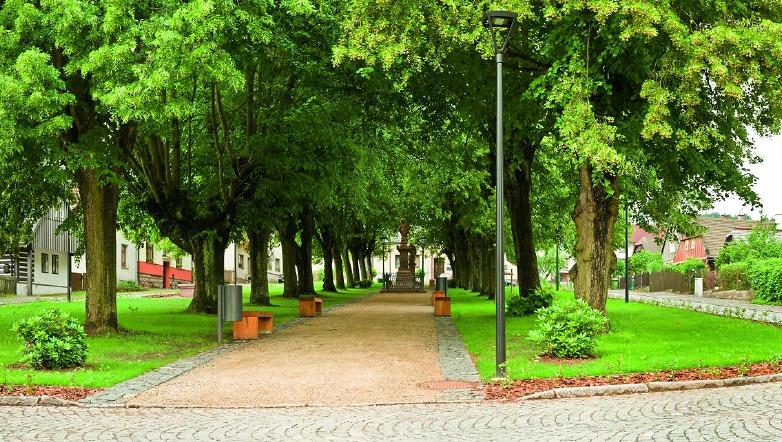 Karlovské náměstí po rekonstrukci<br />Autor: Archiv město Lomnice nad Popelkou