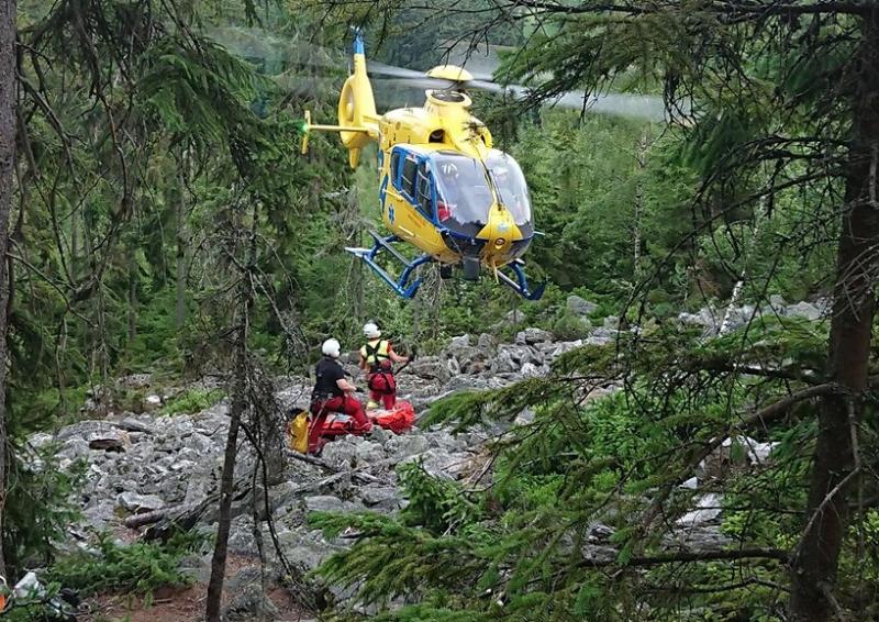 Záchrana horolezce na Hnědých skalách u Strážného<br />Autor: Horská služba Krkonoše