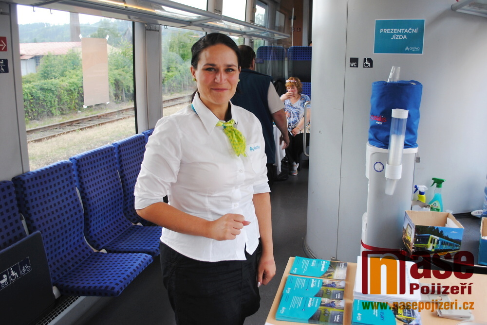 Vlak Siemens Desiro společnosti Arriva na semilském nádraží<br />Autor: Petr Ježek