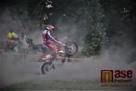 Závod dvojic v Loukově u Semil