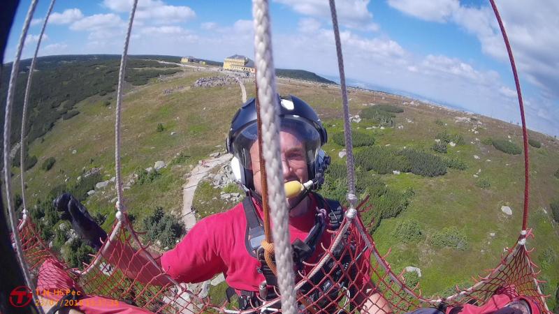 Záchrana turisty v horních partiích Obřího dolu<br />Autor: Horská služba Krkonoše