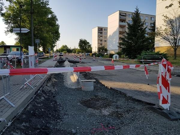 Rekonstrukce Nádražní ulice a silnice II/610 až na hranici kraje v polovině července 2019<br />Autor: Zdenka Štrauchová