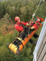 Cvičení hasičských lezců ze stanice Semily v Klokočských skalách