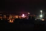 Obrazem: Silvestrovské ohňostroje nad městem Semily
