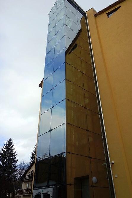 Slavnostní spuštění nového výtahu v DD Rokytnice nad Jizerou<br />Autor: Archiv KÚ Libereckého kraje