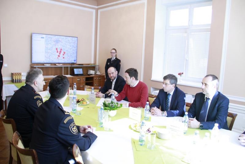 Podpis dohody mezi HZS a distributory energie<br />Autor: Archiv ČEZ